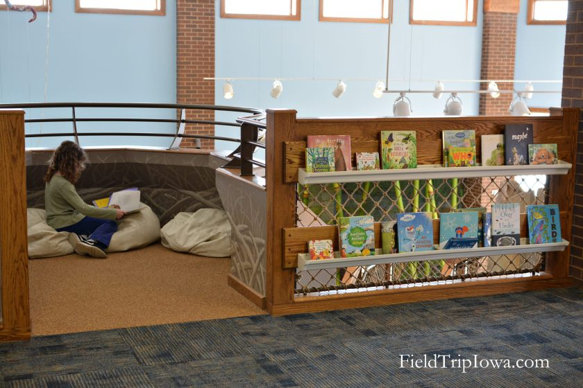 Wickiup-Hill-Learning-Center-reading nest