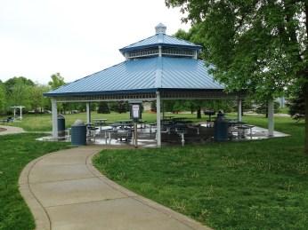 Village-Park-Altoona-Iowa-shelter