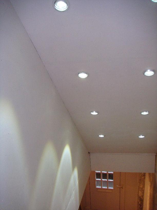 beleuchtung im treppenhaus unser neues altes haus. Black Bedroom Furniture Sets. Home Design Ideas