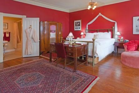 The Zora Neale Hurston room at Akwaaba D.C.