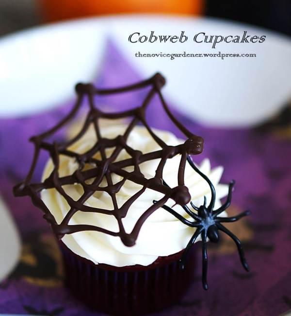 cobweb cupcakes