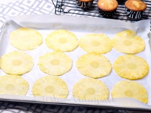 how to make dried pineapple flowers   fiestafriday.net