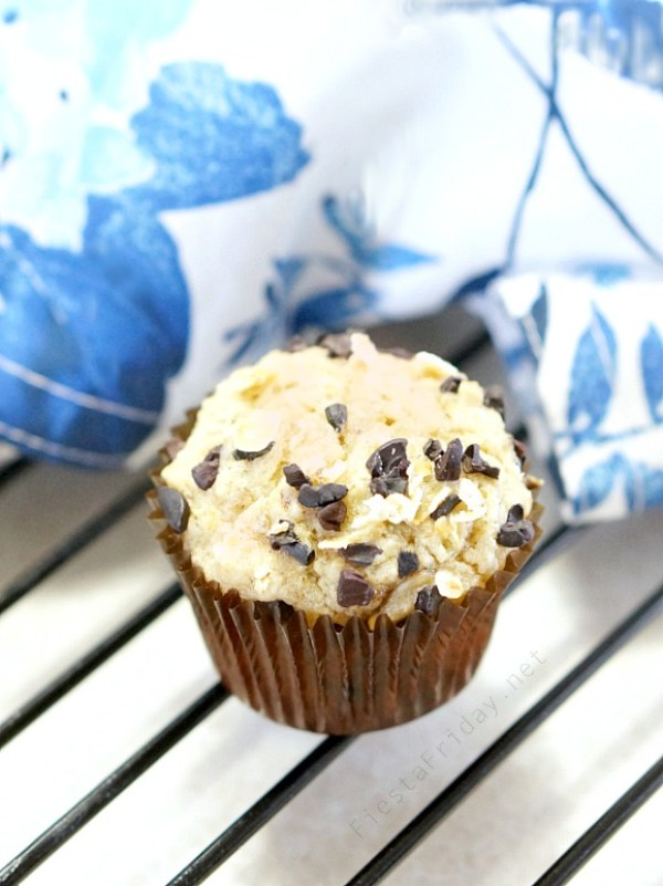 skinny banana muffin with cacao nibs | fiestafriday.net
