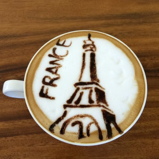 EIffel Tower Latte Art