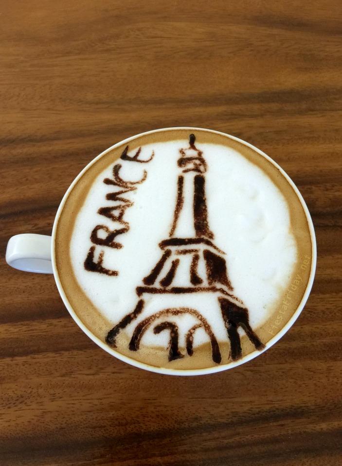 EIffel Tower Latte Art