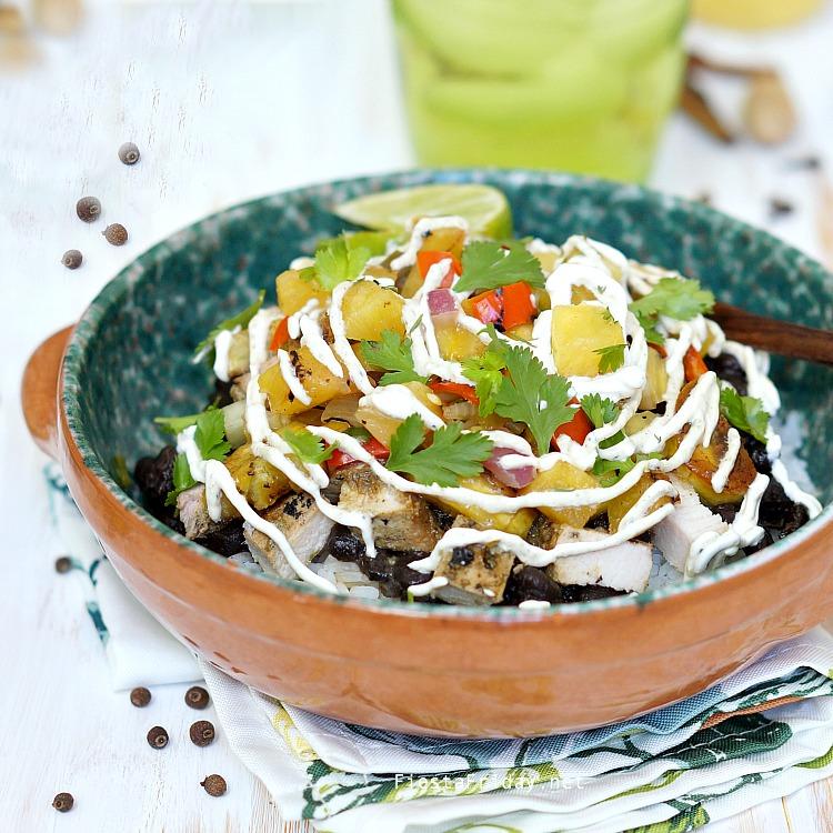 caribbean burrito bowl | fiestafriday.net