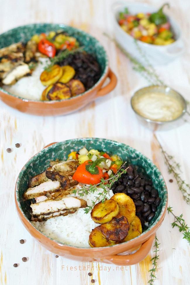 jerk chicken burrito bowl | fiestafriday.net