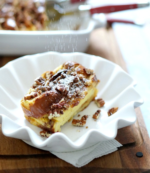 powdered sugar on french toast casserole | fiestafriday.net