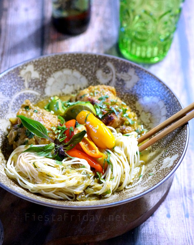 chicken noodle curry   fiestafriday.net