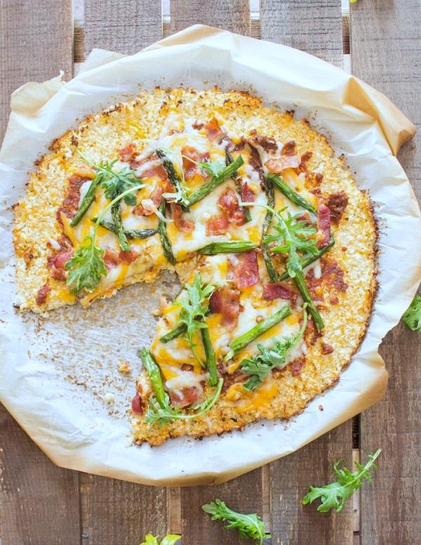 Roasted-Asparagus-Bacon-Cauliflower-Crusted-Pizza-3-2-734x1024