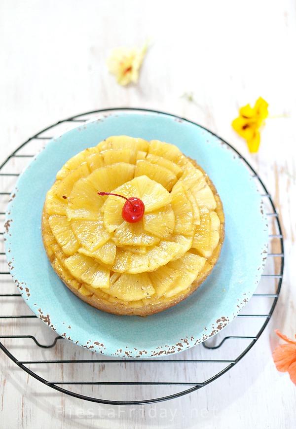 pineapple upside down cake   fiestafriday.net