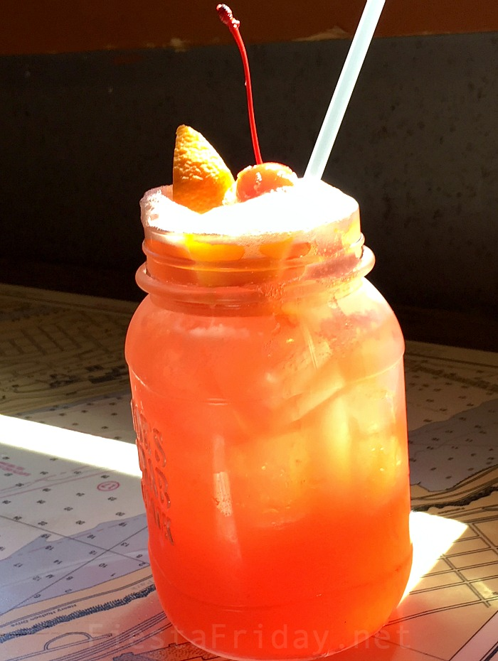watermelon sangria | fiestafriday.net