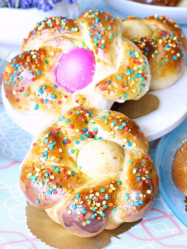 Italian Easter Bread | FiestaFriday.net