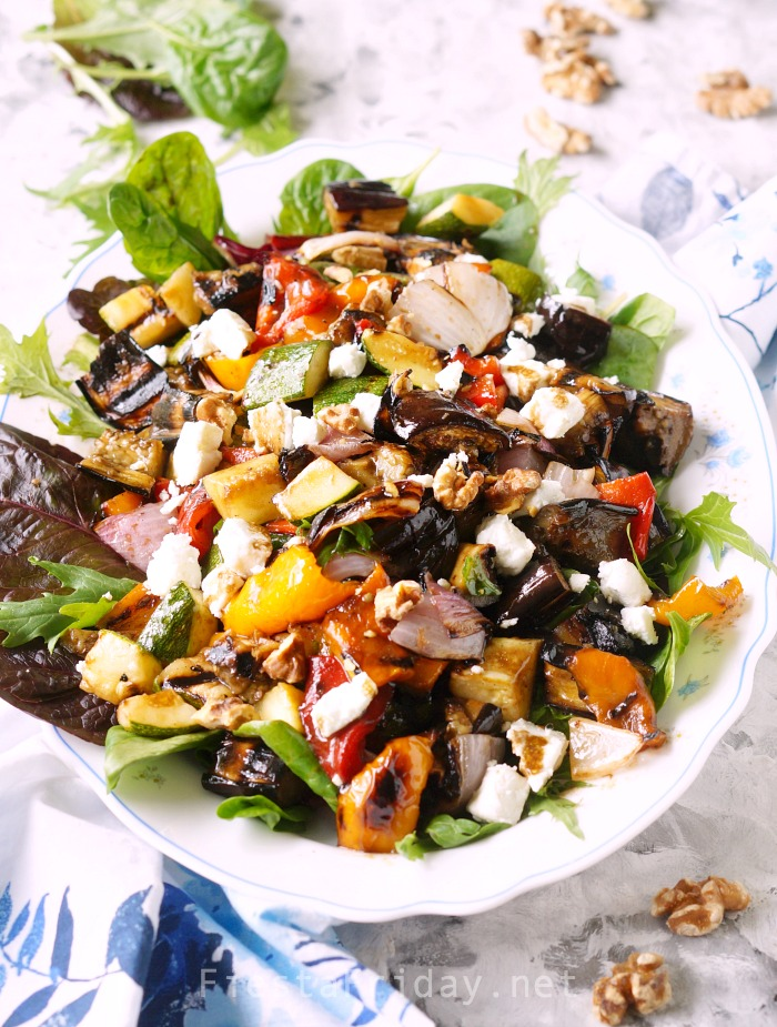 Grilled Vegetable Salad with sweet balsamic dressing. Serve it warm or cold, as a side or entree. It's a family favorite! #fiestafriday #cleaneating #healthy #recipe #lowcarb #mediterraneandiet #vegetables #grilling