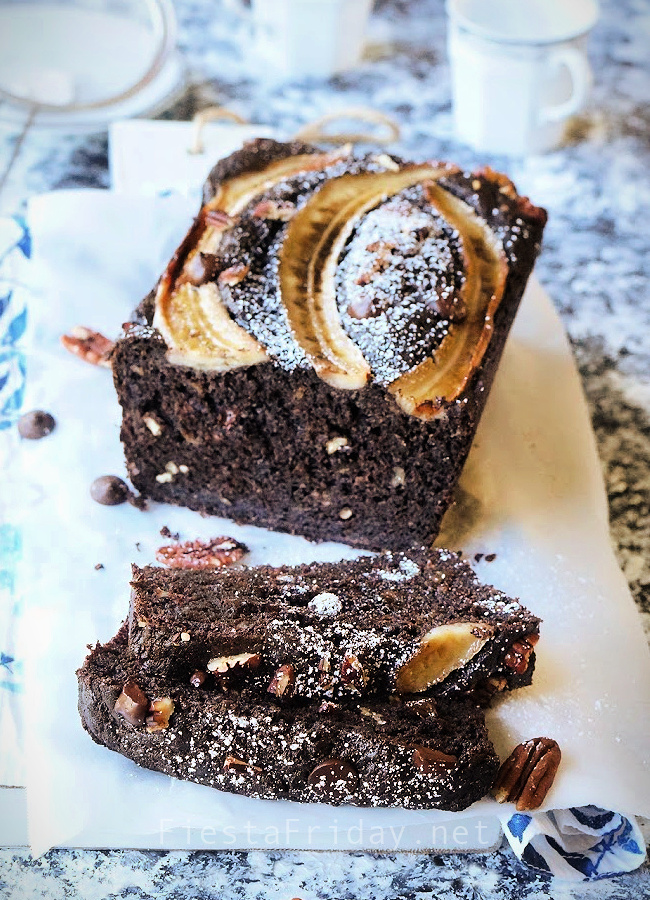 Dark Chocolate Espresso Banana Bread lets you have your breakfast and morning coffee in a single bite! #espresso #chocolate #darkchocolate #banana #bread #bananabread #banananutbread #pecan #breakfast #coffee
