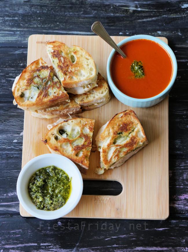 Pesto Turkey Grilled Cheese Sandwiches   FiestaFriday.net