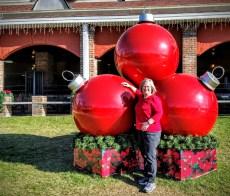 Charlene Christmas balls