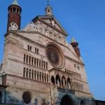 6juli2011 En een mooi geveltje ernaast, alles in Cremona