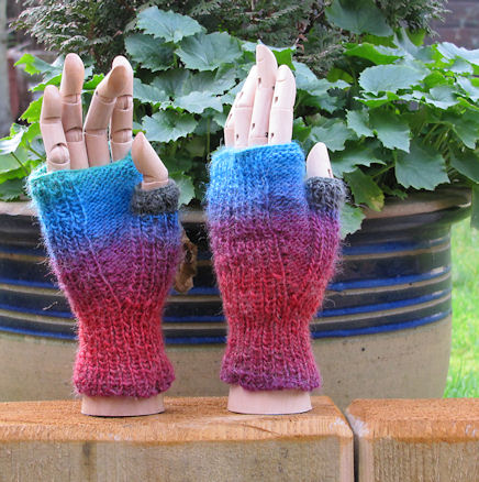 Split in the Middle Mitts (1/2)