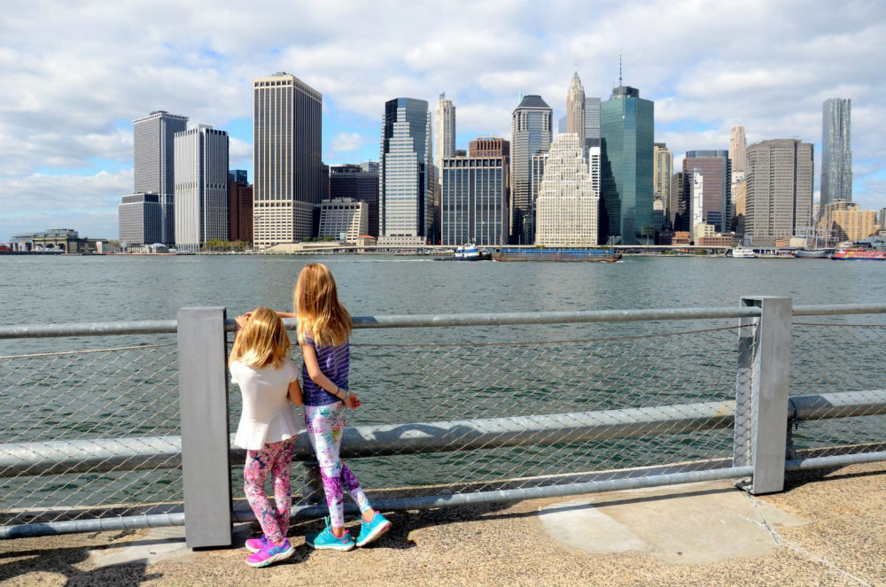 Looking at the Manhattan skyline from Brooklyn Bridge Park.
