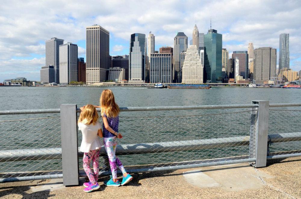 Looking at the Manhattan skyline from Brooklyn Bridge Park.
