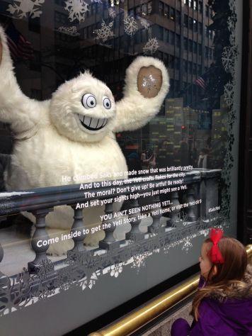 new-york-holiday-window-img_1420