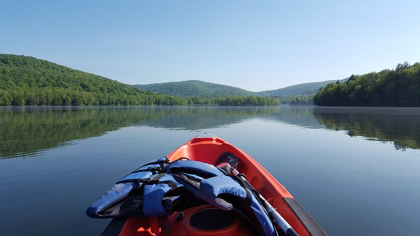 The Catskill mountains are a popular destination in New York for travel.