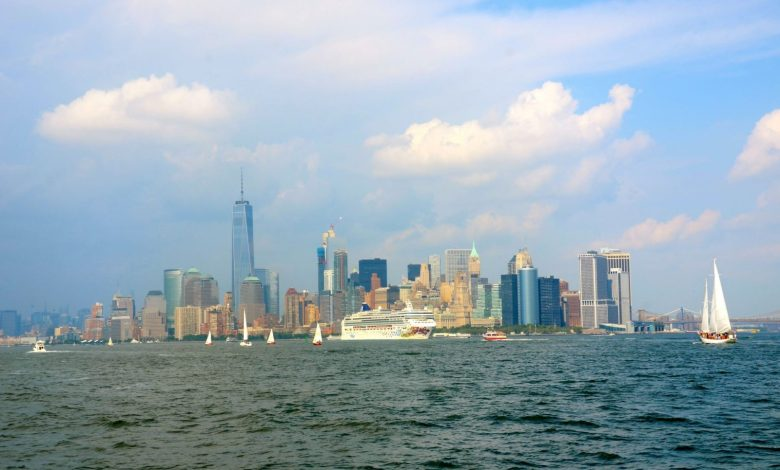 nyc-skyline-ny-water-taxi-dsc_4284-1600x966