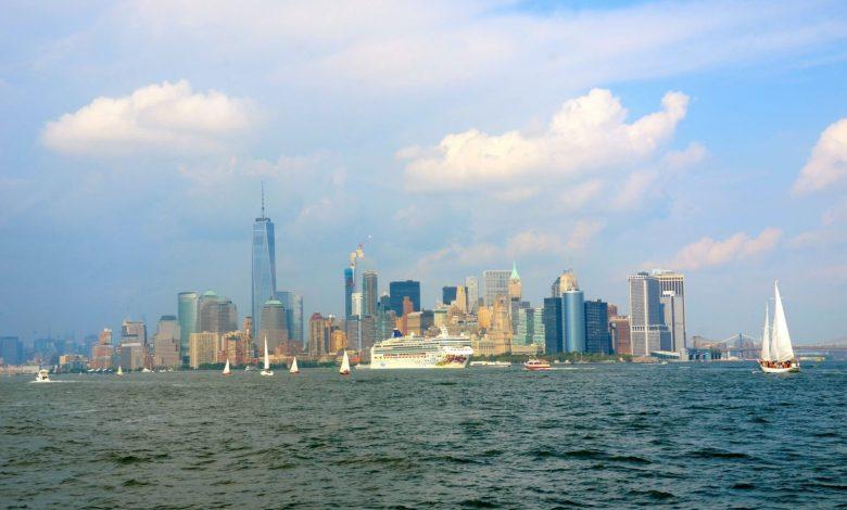 nyc-skyline-ny-water-taxi-dsc_4284-1600x966