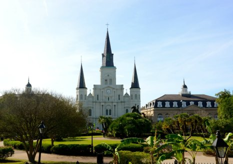 cathedral-new-orleans-jackson-square-