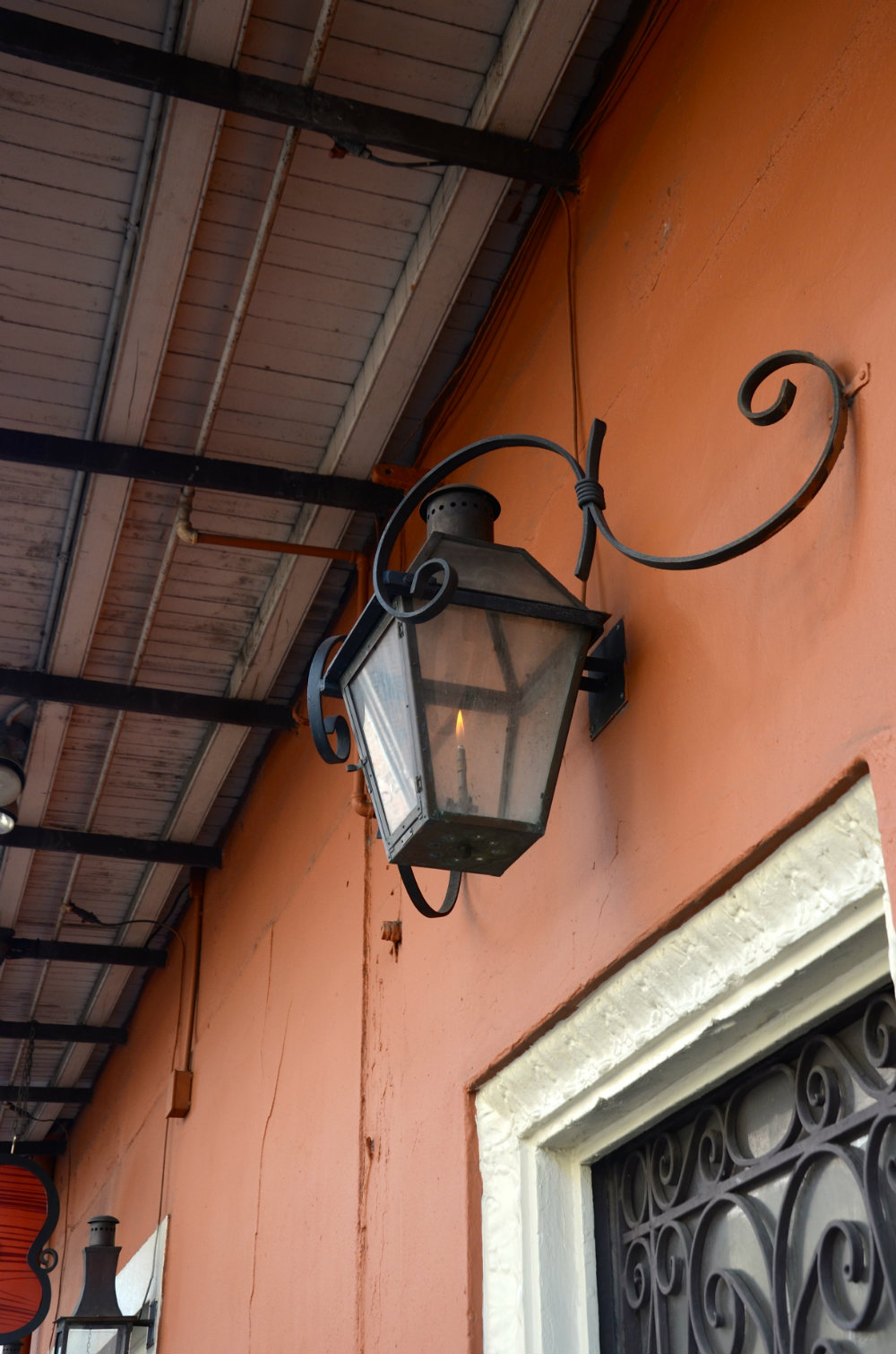 street-lamp-new-orelans-
