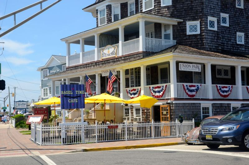 Union Park restaurant with Independence Day decor in Cape May, NJ.