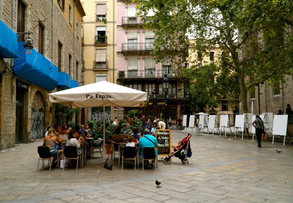 Eating lunch in done of Barcelona's squares in the Gothic Quarter.