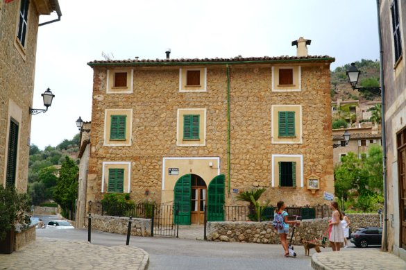 Guide to the village of Deia in Mallorca