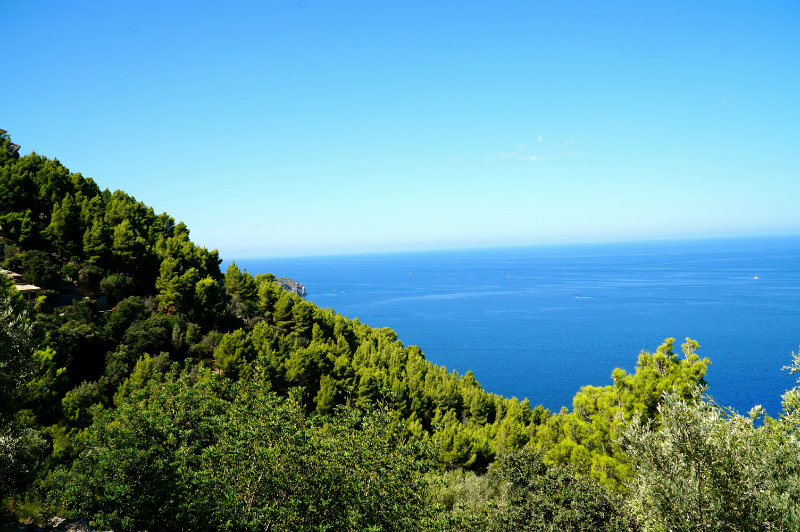 Hiking in Deia in Mallorca.