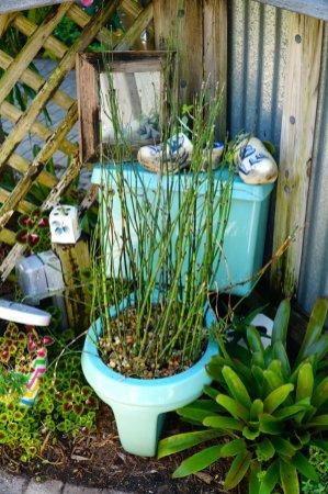 Naples-Botanical-Garden-toilet-decor