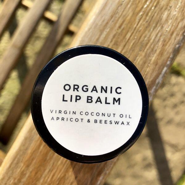 5 Natural & Organic Lip Balms