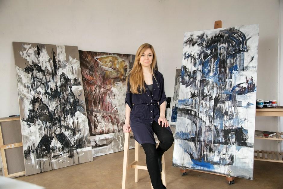Irina Lurie - Ирина Лурье in her studio