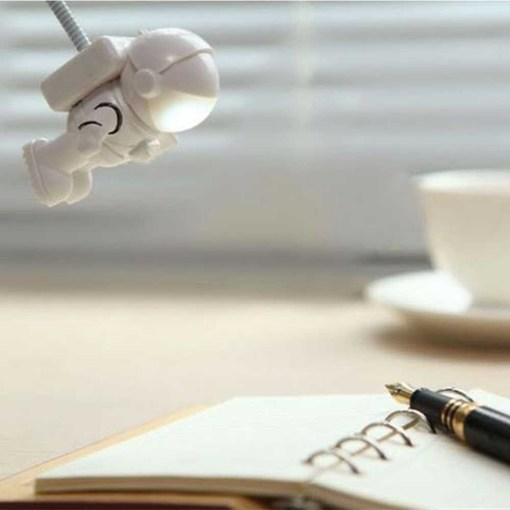 Mini Lampe de Lecture USB Astronaute