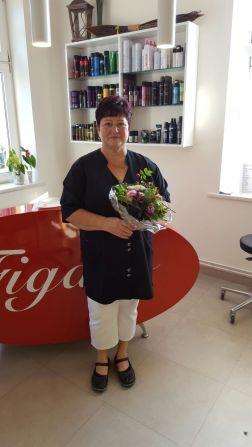 40 Jahre Frau Peters