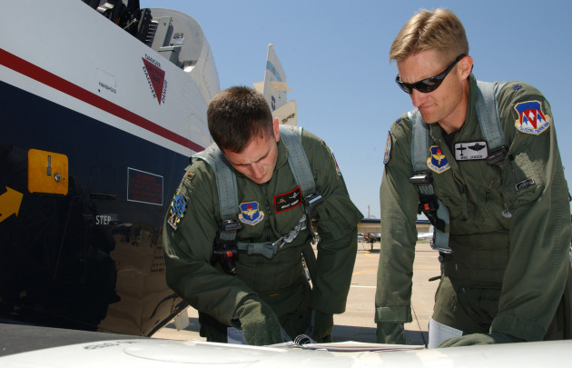 Student and Instructor run pre-flight checks