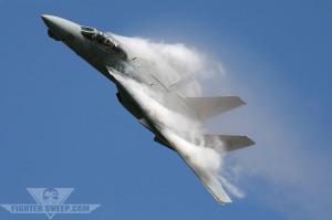 Bourdonner la tour dans un Tomcat F-14!