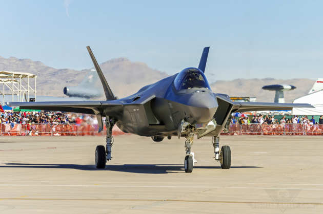 """Dirt"" Taxis his F-35A past  the crowd during Aviation Nation 2014 at Nellis AFB, Nevada."
