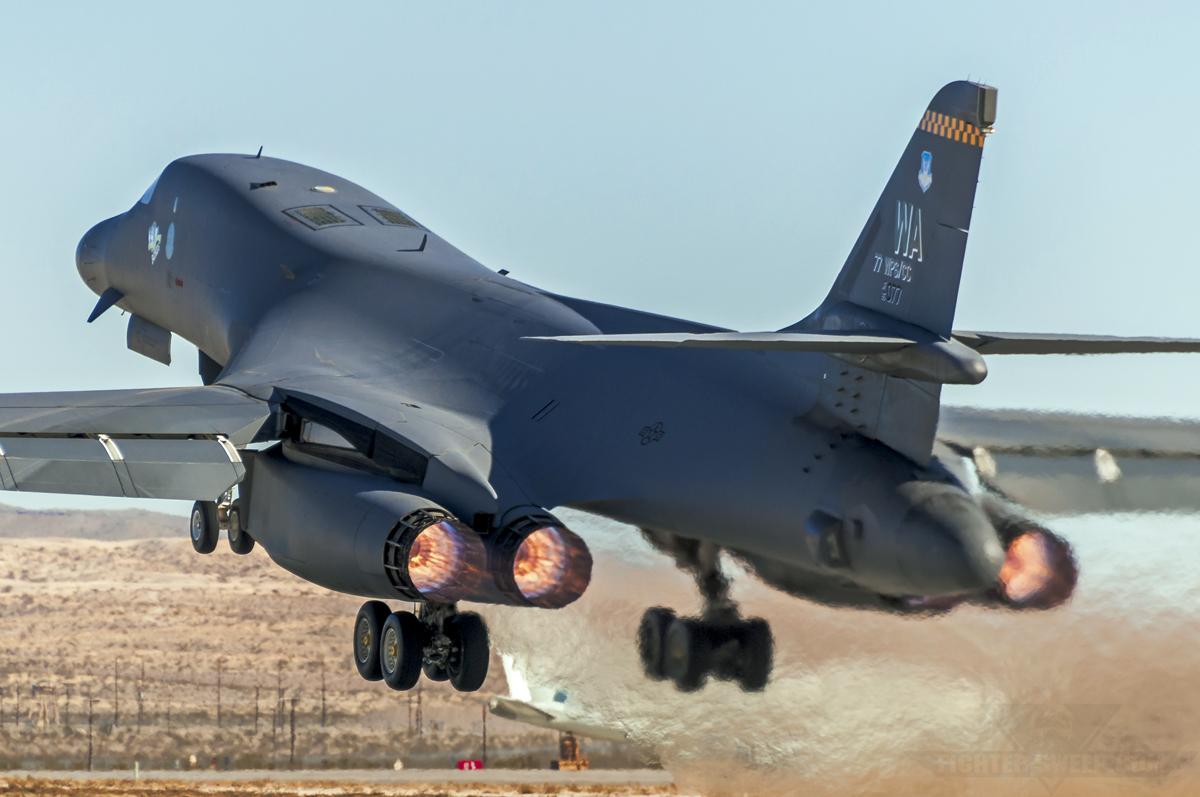 Rockwell B-1B Lancer: Bad to the Bone!