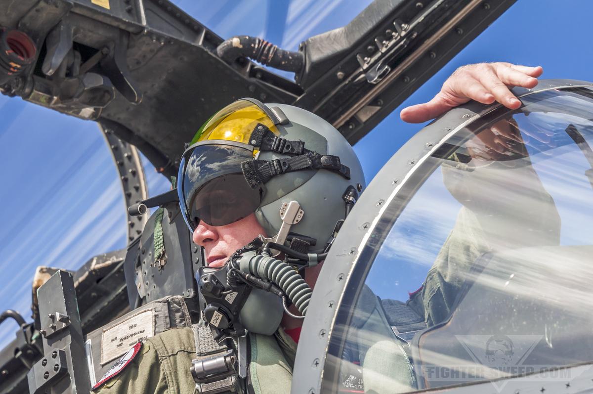 usaf fighter pilot shortage the devils money fighter sweep