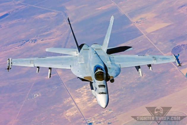 Ask A Fighter Pilot: Hornet vs Super Hornet!
