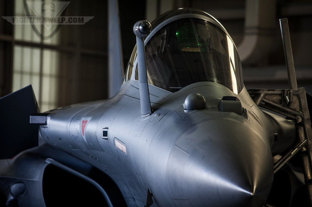 An Armée de l'Air Dassault Rafale strikes a menacing pose at JBLE during the Trilateral exercise (photo by Jonathan Derden)