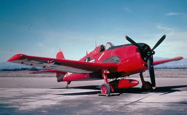 قصة طائرة من دون طيار أحدثت معركة جوية إبان الحرب الباردة F6F-5K_Hellcat_Red_Drone-630x390