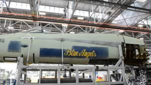 A Blue Angel jet undergoes center barrel replacement