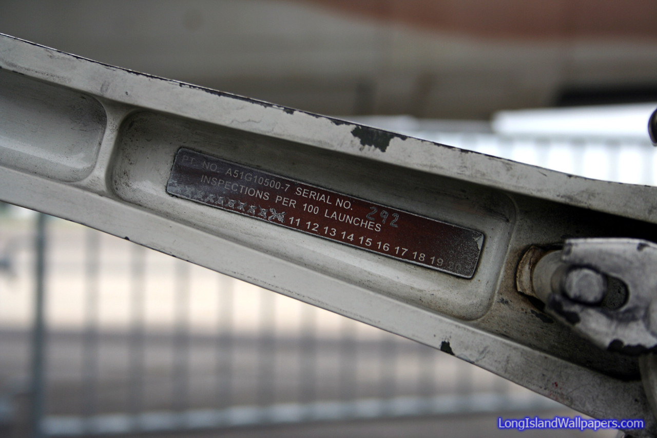 Launch bar inspection tag